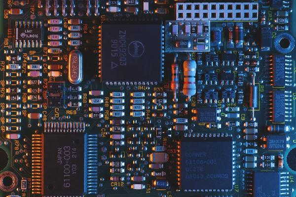 https://safirsoft.com Chip manufacturers have started to increase prices due to the global chip storage
