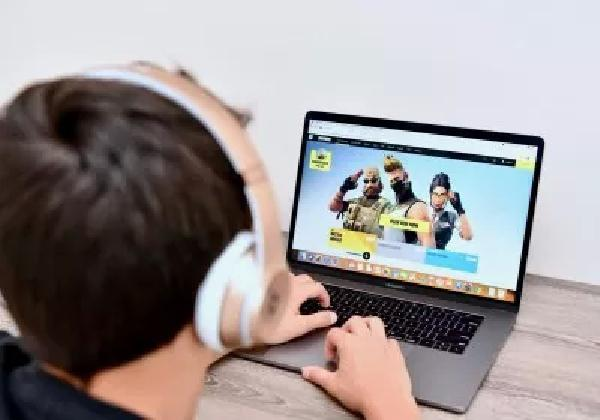 https://safirsoft.com Intel says it provides a better gaming experience than 100% of Mac laptops
