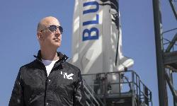 https://safirsoft.com Petitions not to allow Jeff Bezos to return to Earth have received nearly 100,000 signatures