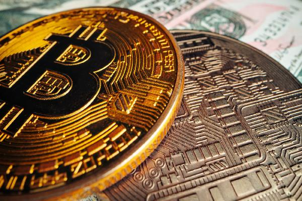 https://safirsoft.com El Salvador becomes the first country to adopt Bitcoin as legal tender alongside the US dollar