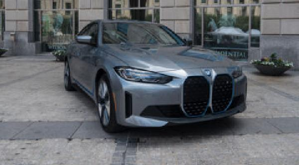 https://safirsoft.com BMW finds its mojo again with the $55,400 i4 electric sedan