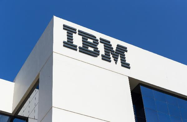 https://safirsoft.com Jim Whitehurst is stepping down as IBM CEO after just 14 months