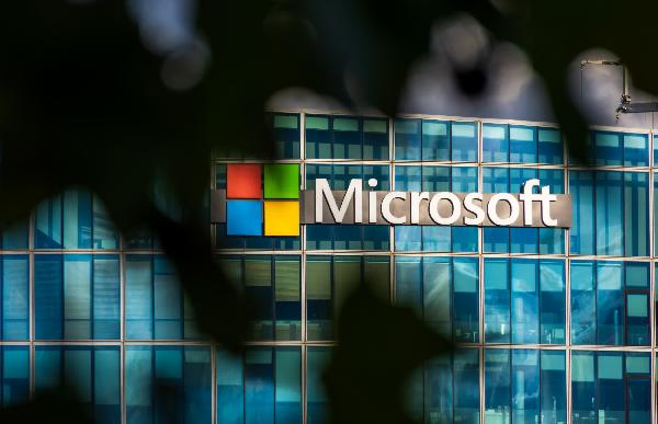 https://safirsoft.com Microsoft gave $13.6 million to security researchers over the past year through bug bounty programs