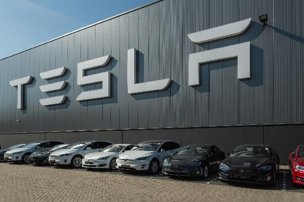 https://safirsoft.com Tesla smashes second-quarter profit records, but shortages will block part of growth in the next quarter