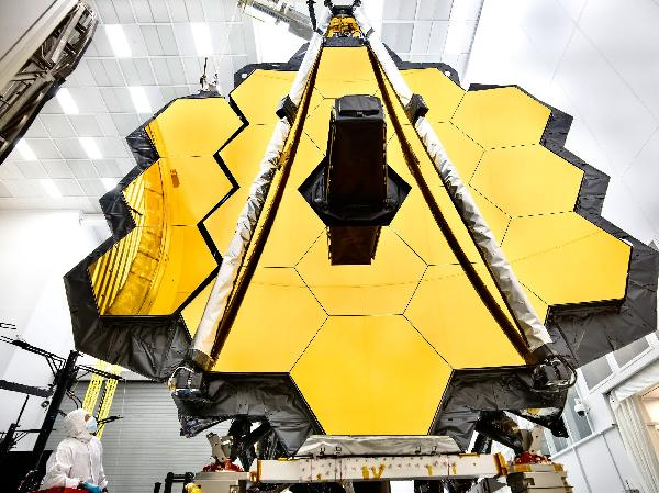 https://safirsoft.com NASA has set a new launch date for the James Webb Space Telescope for December 18