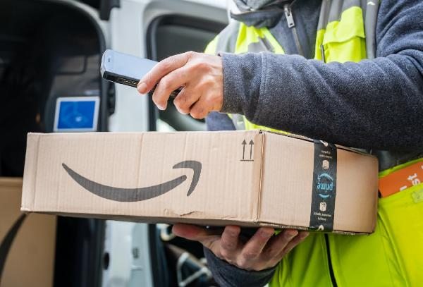 https://safirsoft.com Amazon says it covers the full cost of college for 750,000 frontline workers