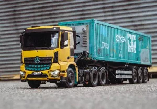 https://safirsoft.com RC Semi Truck is a gaming laptop inside