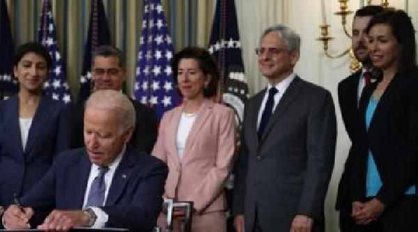 https://safirsoft.com Stunning FCC Delay Biden Could Give Republicans a 2-1 Majority in the FCC