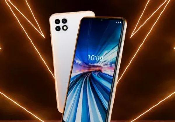 https://safirsoft.com Dish's first smartphone is the mid-range Celero5G dedicated to Boost Mobile