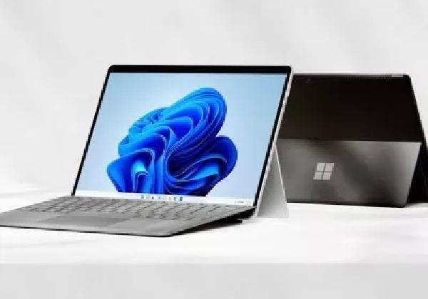https://safirsoft.com Surface Pro 8 first review underway and it's good