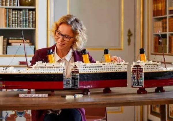 https://safirsoft.com Lego displays its largest collection: 99,090 pieces of HMS Titanic