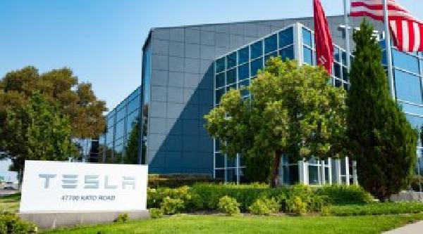 https://safirsoft.com Tesla moves out of California, establishes new headquarters in Texas