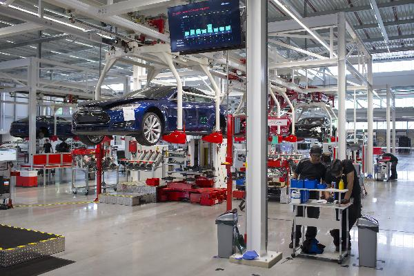 https://safirsoft.com Tesla is headquartered in California and has been relocated to Austin, Texas.